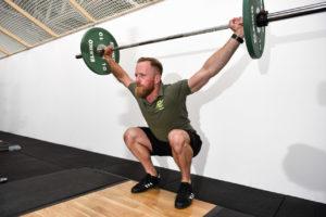 Olympisches Gewichtheben ist ein Ganzkörpertraining mit hochkomplexen Bewegungsabläufen. Foto: Jan Weckelmann