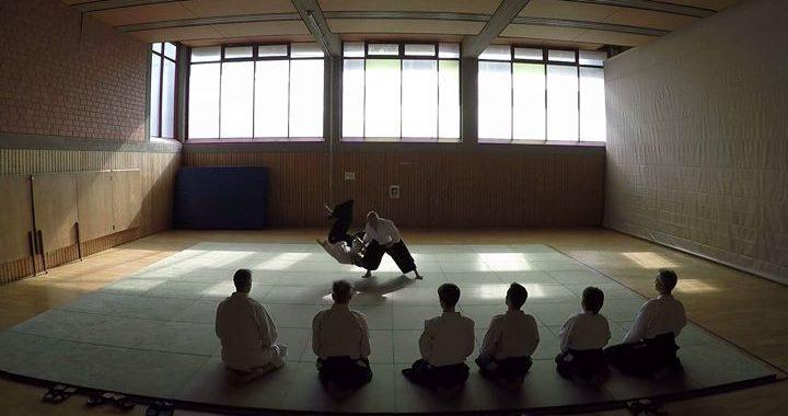 Aikido: Japanische Kampfkunst kostenlos kennenlernen