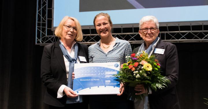 Nora Teepe als Ehrenamtlerin des Monats ausgezeichnet