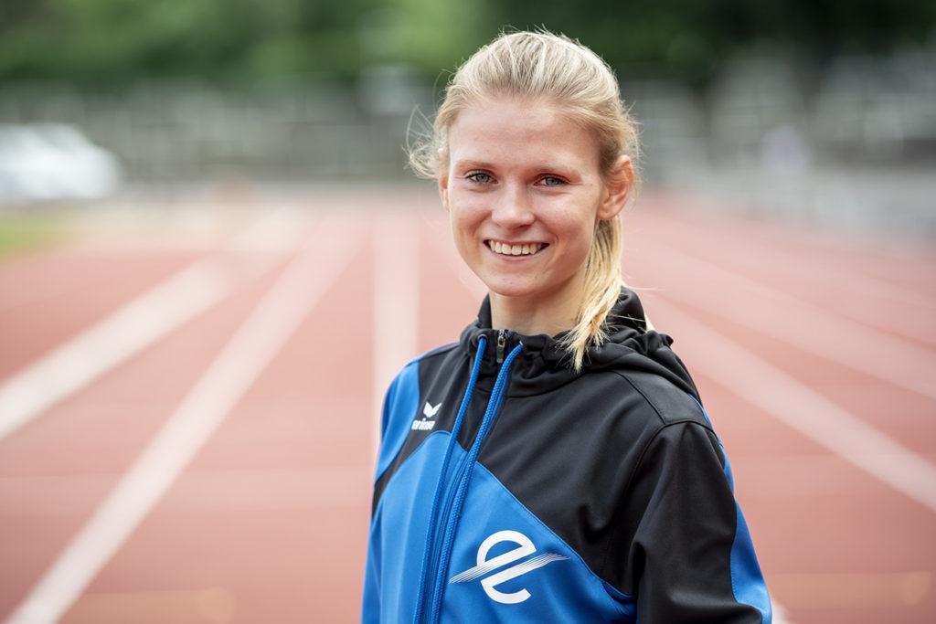 Linn Kleine ist erfolgreiche Leichtathletin, Trainerin und nun auch Abiturientin.