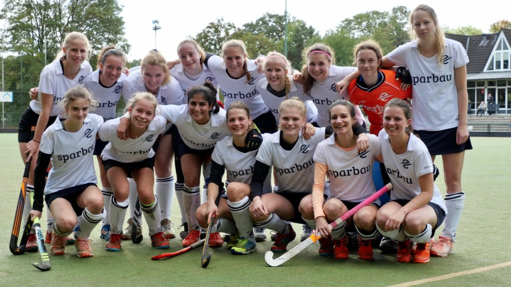 Hockeydamen: Meister, aber noch nicht Aufsteiger